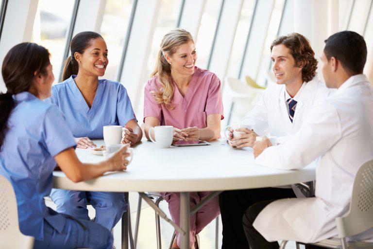 PET-Sprachen B2 Deutsch Kurs für Pflegekräfte