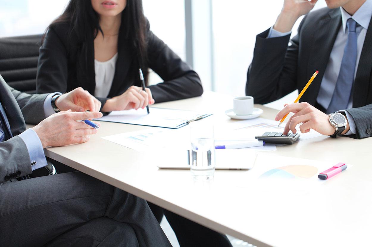 PET-Sprachen Personalentwicklung Verhandlungen